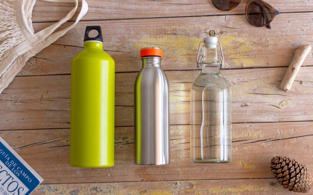 Dites stop au plastique en offrant des bouteilles réutilisables